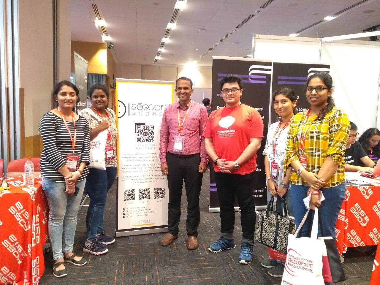 开源工场和学生开源年会联合参展新加坡 OpenTech Summit 2019
